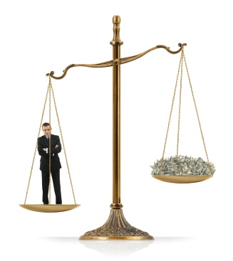 4 Sure-Fire Tips to Lower Your Law Firm's Business Expenses